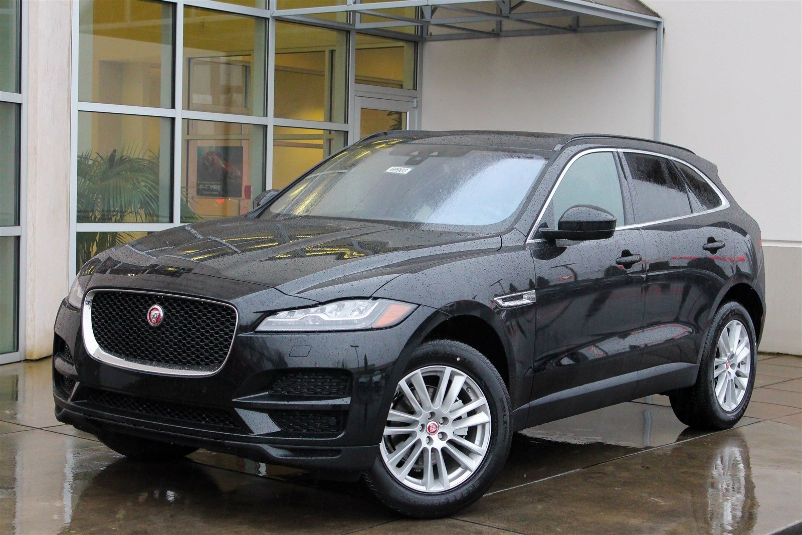 new 2017 jaguar f pace 20d prestige sport utility in lynnwood 69903 jaguar seattle. Black Bedroom Furniture Sets. Home Design Ideas