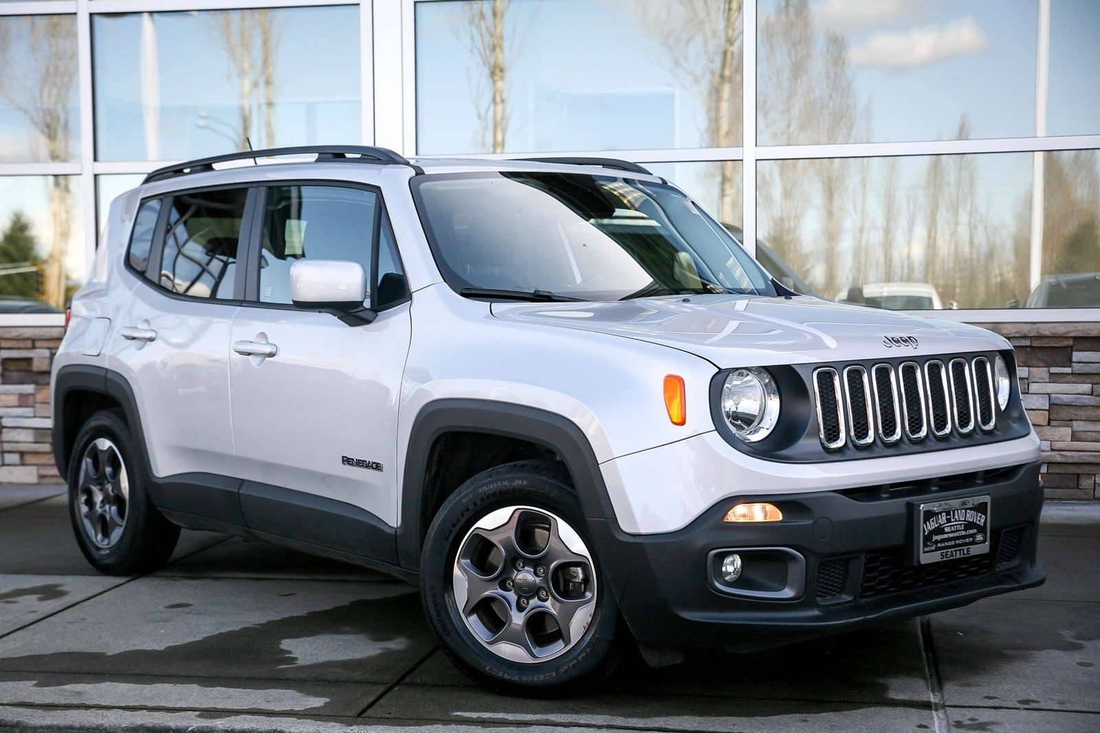 Pre Owned 2015 Jeep Renegade Latitude Sport Utility in Lynnwood